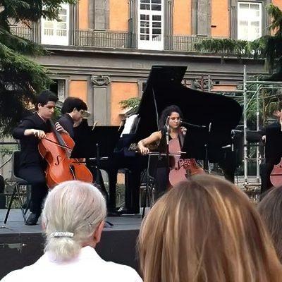 Napoli, terrazza Teatro San Carlo: concerto con gli allievi del Maestro Ilie Ionescu